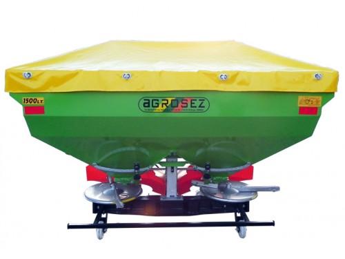Masina de fertilizat 1500 lt